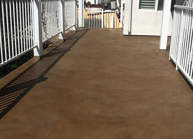 Los Angeles Home Deck Colorful Finish