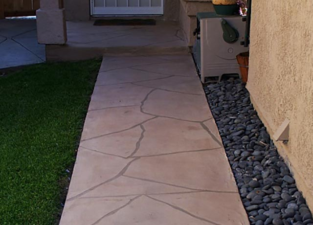Garden Custom Stone Walkway Construction